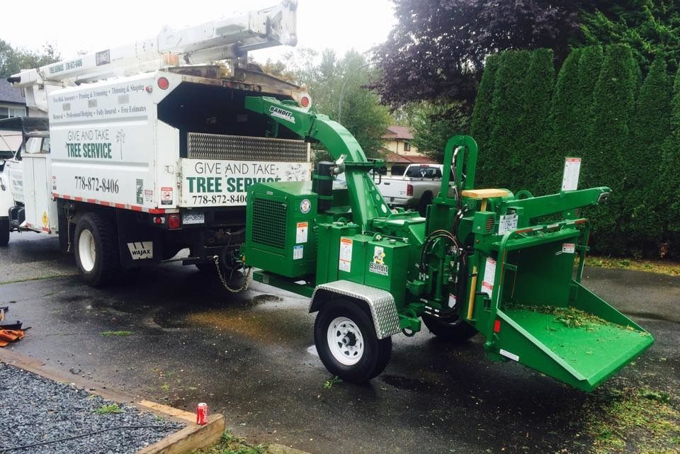 give-and-take-tree-service-truck2
